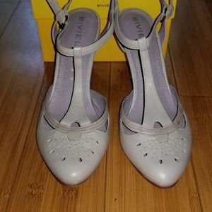 "Biviel ""BV3083"" Grey Leather Slingbacks, Sz 38"